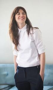 เสื้อเชิ้ต-สีขาว-Charlotte-Gainsbourg-Drew-Barrymore-Tommy-Hilfiger-BHI