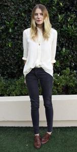เสื้อเชิ้ต-สีขาว-Dree-Hemingway