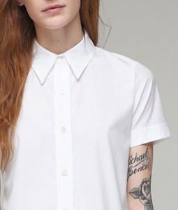 เสื้อเชิ้ต-สีขาว-Thom-Dolan