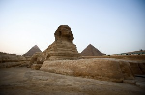 EGYPT-SCENE-PYRAMIDS-TOURISM-HERITAGE-GIZA