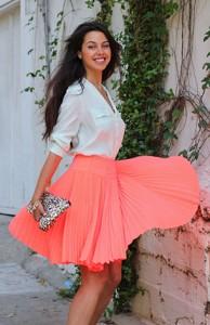 เสื้อเชิ้ตสีมินท์-Equipment-กระโปรงสีพีช-Nanette-Lepore-กระเป๋า-Style-by-Marina