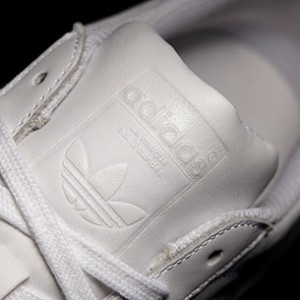 Adidas-Superstar-Foundation-โลโก้นูน