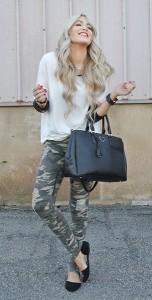 กางเกงลายทหาร-Windsor-เสื้อ-Collide-Boutique-รองเท้า-Windsor-กระเป๋า-Ily-Couture-นาฬิกา-Windsor