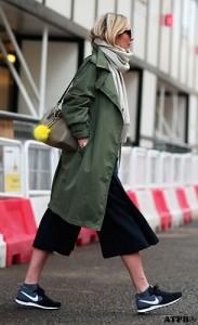 กางเกง-Culottes-สีดำ-เสื้อโค้ทสีเขียวทหาร-รองเท้า-Nike