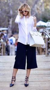 กางเกง-Culottes-สีน้ำเงิน-Zara-เสื้อเชิ้ตสีขาว-Vince-รองเท้า-Valentino-กระเป๋า-Mezzi-แว่นตากันแดด-Karen-Walker