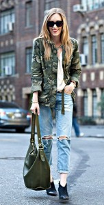 แจ๊คเก็ตลายทหาร-Old-Navy-เสื้อ-Otte-กางเกงยีนส์-Ag-Jeans-รองเท้า-Loeffler-Randall-กระเป๋า-Coach-แว่นตากันแดด-Celine