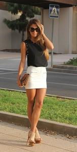 แฟชั่นขาวดำ-เสื้อ-Mekdes-กระโปรง-Oasap-รองเท้าส้นสูง-Jessica-Simpson-กระเป๋า-Vintage-แว่นตากันแดด-Alexander-McQueen
