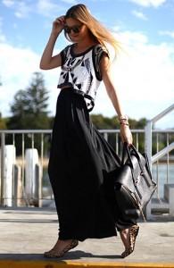 แฟชั่นขาวดำ-เสื้อ-Sass-and-Bide-กางเกง-Zara-แว่นตากันแดด-Karen-Walker-รองเท้า-Topshop-กระเป๋า-3.1-Phillip-Lim