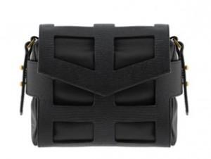 กระเป๋าหนัง-CHARLES-KEITH