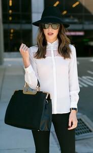 กระเป๋า-Windsor-Store-เสื้อเชิ้ตสีขาว-Ro-De-กางเกง-Banana-Republic-รองเท้า-Miista