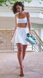 ชุดสีขาว-กระโปรงบานสั้นสีขาว