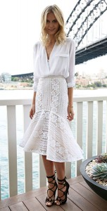 ชุดสีขาว-Zara-กระโปรงลายลูกไม้สีขาว-Lover-รองเท้าส้นสูง-Windsor-Smith