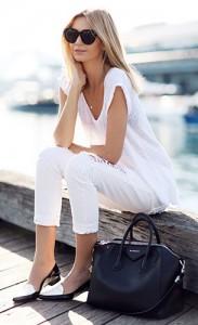 ชุดสีขาว-Zara-กางเกงยีนส์สีขาว-Nobody-รองเท้า-Fabio-Rusconi-กระเป๋า-Givenchy-แว่นตากันแดด-Celine