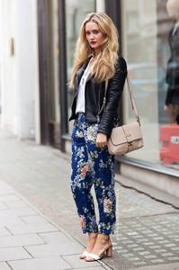 รองเท้าส้นสูงรัดข้อ-แจ็คเก็ตหนัง-เสื้อเชิ้ตขาว-กางเกงลายดอกไม้