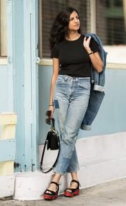 รองเท้าเตารีด-แจ็ตเก็ตยีนส์-เสื้อยืดสีดำ-กางเกงยีนส์