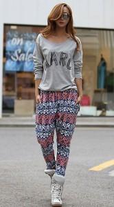กางเกง-Harem-ลายพิพม์ม-เสื้อสีเทาสสกรีน