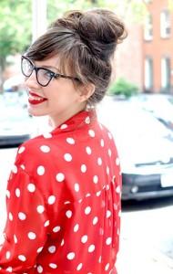 เสื้อเชิ้ตลายจุด-สีแดงจุดขาว-กางเกงยีนส์ขาสั้น-HM-รองเท้า-Beacons-Closet-กระเป๋า-Rebecca-Minkoff