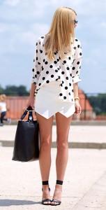 เสื้อเชิ้ต-Polka-Dot-สีขาวจุดดำ-NOWiSTYLE-กางเกงขาสั้นสีขาว-Zara-รองเท้า-HM-กระเป๋า-Sheinside-นาฬิกา-Michael-Kors