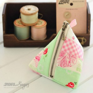 TrianglePouches-2