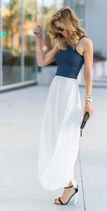 กระโปรงพลีทสีขาว-Nordstrom-เสื้อครอปแขนกุด-Nordstrom-รองเท้าส้นสูง-Asos-กระเป๋า-Kate-Spade