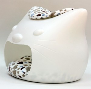funny-cat-bed-and-stool-in-one-4