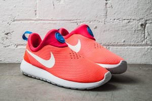 NIKE-ROSHE-RUN-SLIP-ON-LASER-CRIMSON-11
