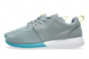 Nike-Roshe-Run-Mica-Green-Summit-5
