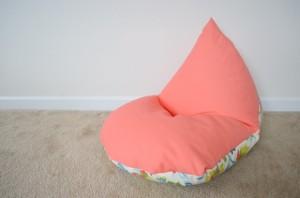 bean-bag-chair-diy-14-620x410