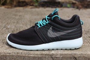 nike-roshe-run-dynamic-flywire-qs-sport-turquoise-side-1-640x426-1