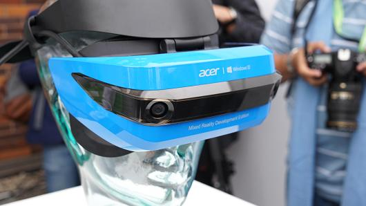 104432681-acer-mixed-reality-530x298